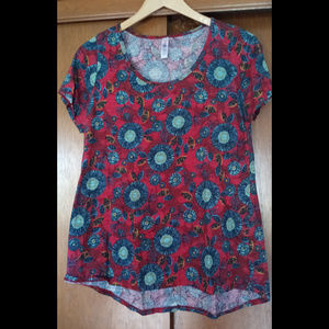 LuLaRoe Bold Red Floral Pattern Classic T